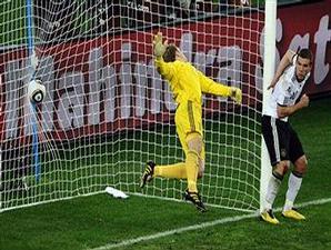 Spain's Goal over Neuer