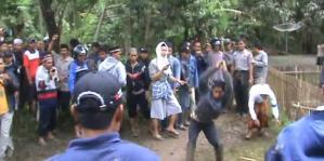 Pembantaian Desa Cikeusik Serang